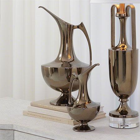 Bronze Ewers with Amphora Lamp