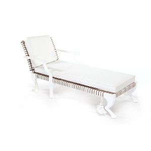 Tau Chaise Lounge