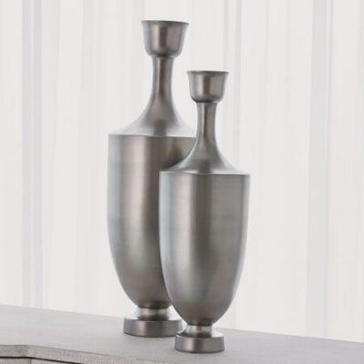 Porthos Vase in Matte Platinum