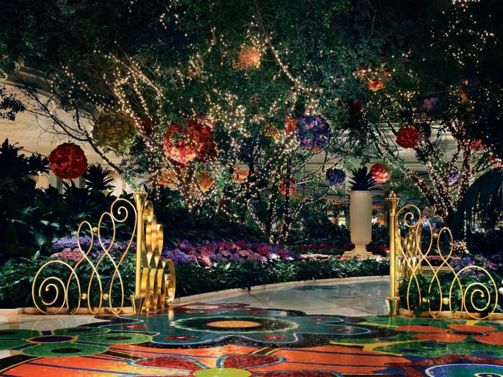 Florals-North-Atrium_1200px