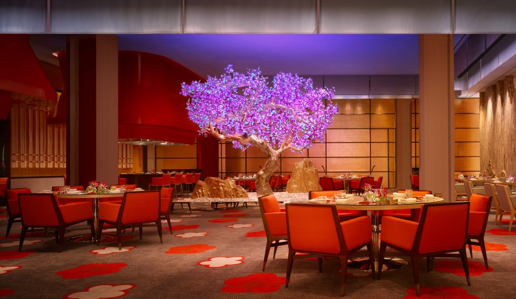 Main dining room at Mizumi - Wynn Palace Cotai